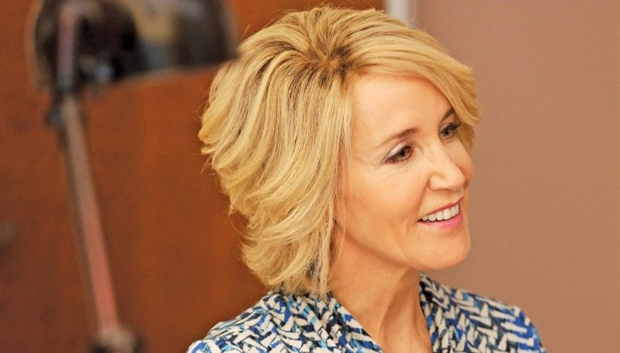Best Hairstyles for Women Over 40 - WomenTales.com